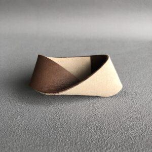Bransoleta skórzana minimalizm.